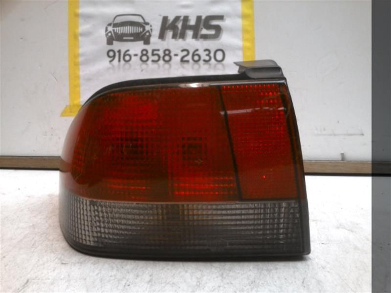 Primary image for Driver Tail Light Convertible Quarter Panel Mounted Fits 95-98 SAAB 900 66461