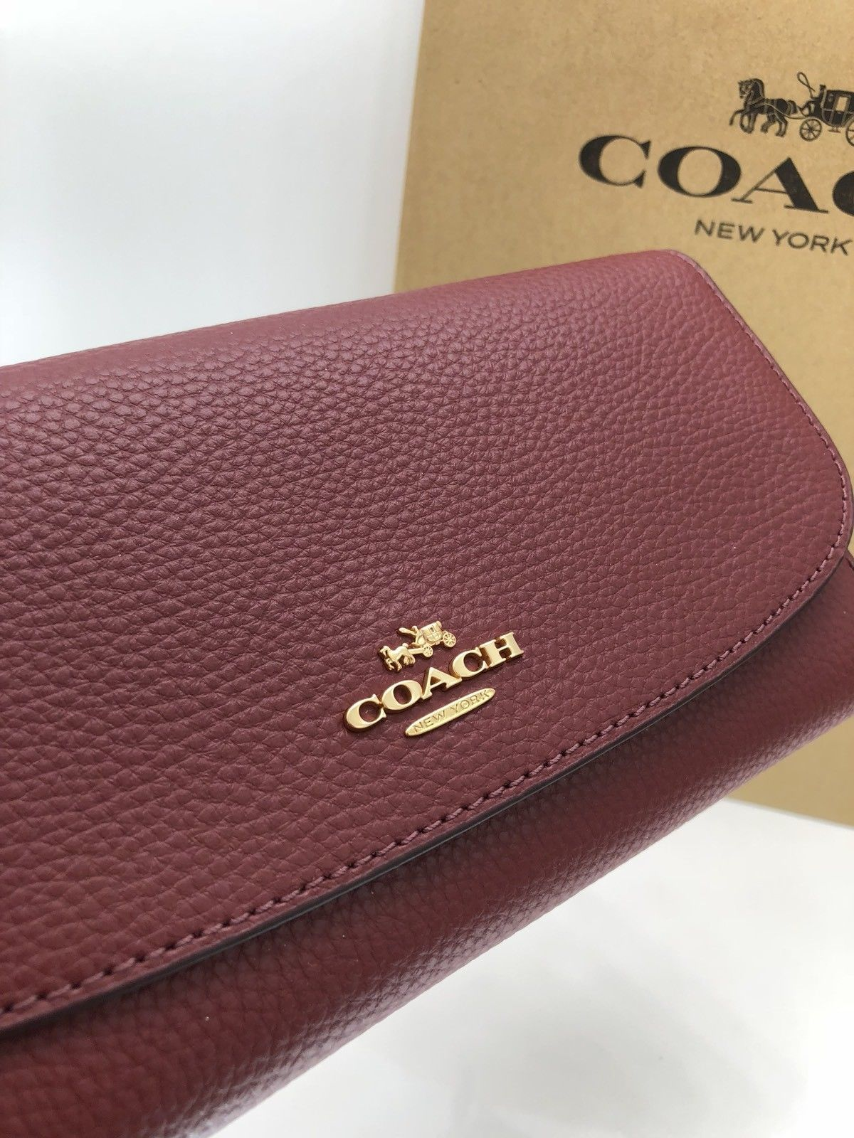 06364c98eb37 ... NWT Coach F16613 Pebble Leather Checkbook Wallet Tri-Fold Crimson Dark  Red  250 ...