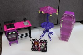 Monster High Doll House Kitchen oven Furniture table Closet Picture Umbr... - $17.95