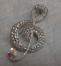 j140 Treble Clef Music Note Brooch Pin Musician Clear Rhinestone Borealis Stones - $11.88