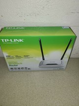 TP-Link TL-WR841N 300Mbps Wireless-N Router  - Complete - $10.78
