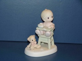 Precious Moments Baby's First Meal Baby in High Chair Eating Food Bear 5... - $7.84