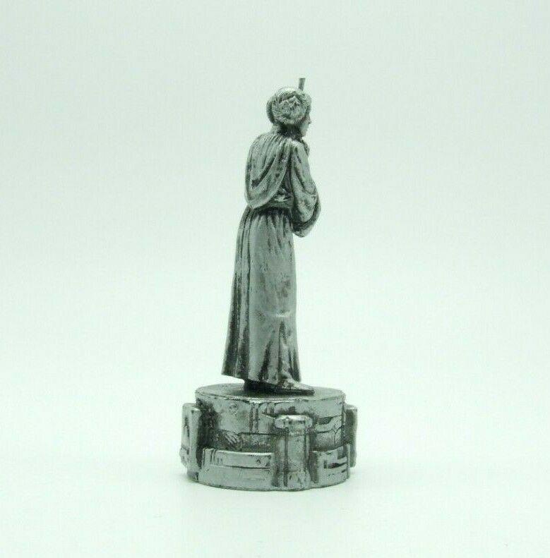 Star Wars Saga Edition Silver Princess Leia Bishop Chess Replacement Game Piece image 4