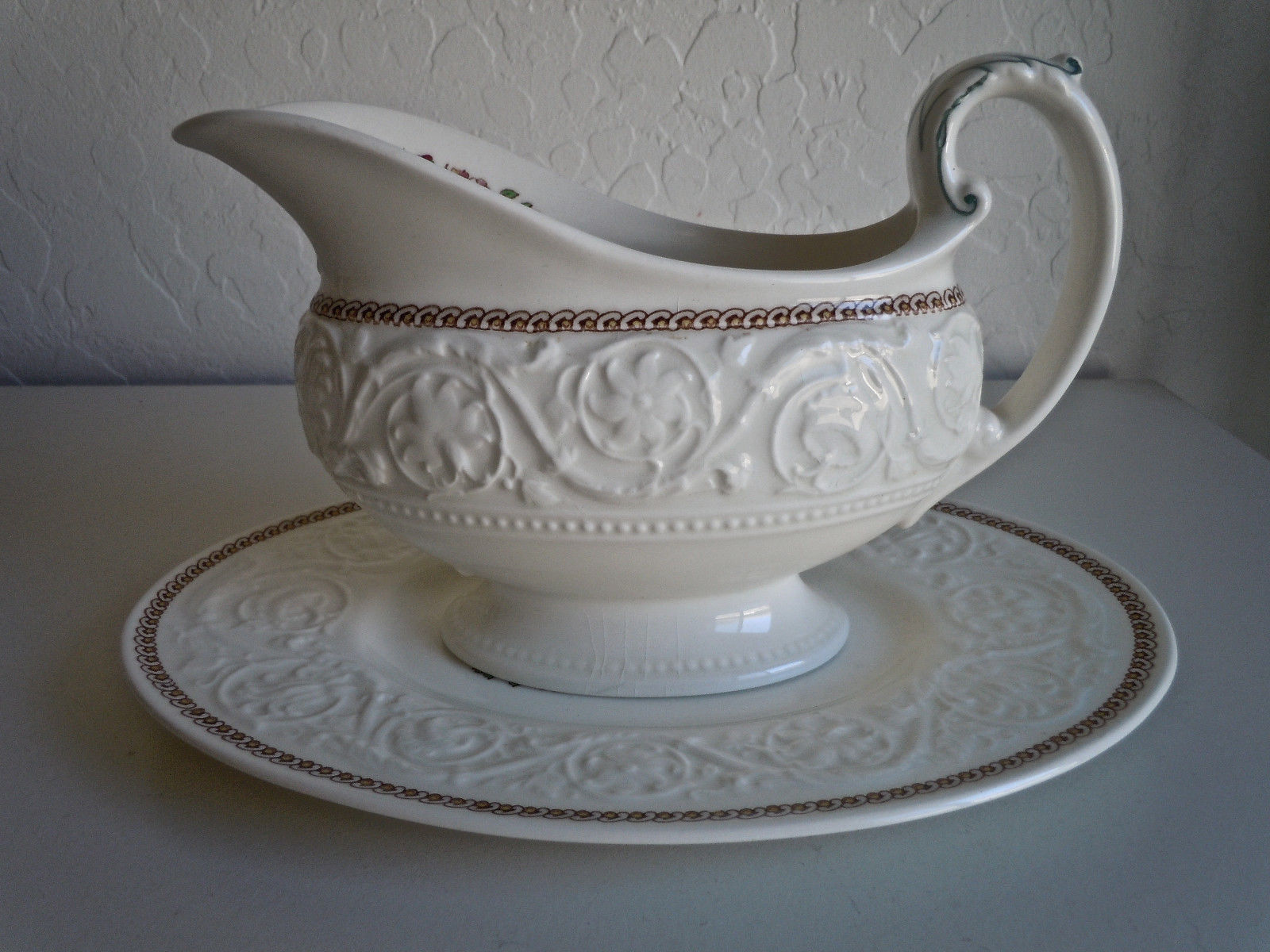 Wedgwood Windermere Multicolor Gravy Boat and Underplate