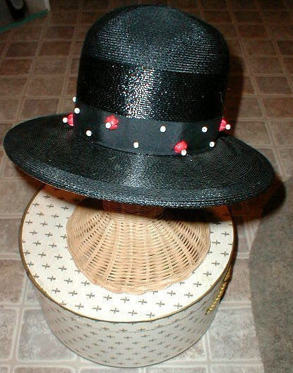 Primary image for Black Straw Hat Wood beads Chesterfield VINTAGE with BONUS Antique Brooch