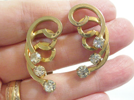 Sarah Coventry Gold Plate Spiral Rhinestone Huggie Clip Earrings Cov Vintage - $15.83