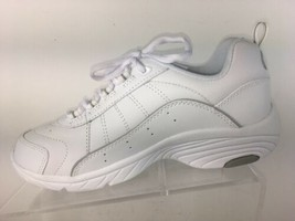 Easy Spirit Women's Size 7 W Shoes Athletic Sneakers White - $51.50 CAD