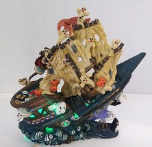 Spooky Hollow Halloween Sinking Ghost Ship - Lighted - €31,90 EUR