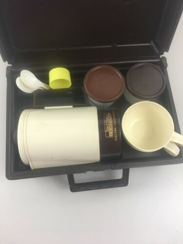 Home N Away Coffee Maker Electric Kettle Travel Kit Home and Car Plug  in Case image 7