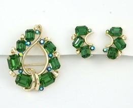Vintage LISNER Brooch Pin Earrings Set Emerald Green Color Rhinestone Wr... - $34.99