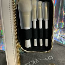 NEW Tom Ford Soleil Natural Hair Brush Set 6,11,12,16 White Case  HOLIDAY GIFT image 7