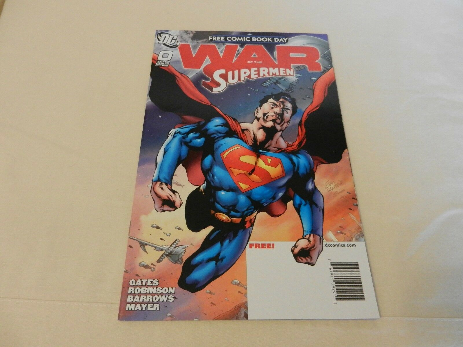 War of The Supermen DC Comics #0 June 2010 Free Comic Book Day Issue