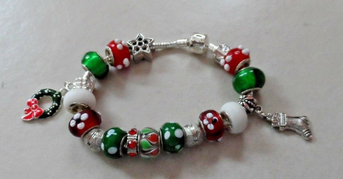 European style red, green and white bead bracelet Christmas holiday theme