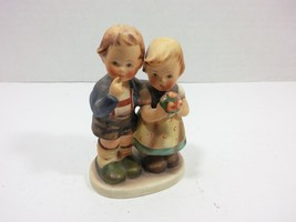 Goebel Hummel Vintage Figurine We Congratulate nr. 220 (W. Germany 1952) - $97.51