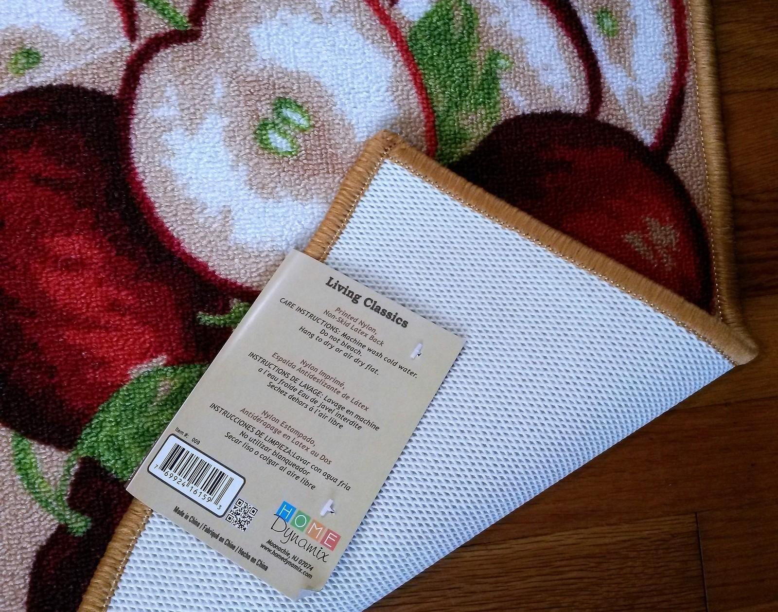 APPLES KITCHEN RUG Floor Mat Red Apple Fruit Slice 30x18 Nylon Non-Skid Backing