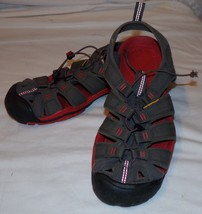 Keen Clearwater CNX Closed Toe Sandals 8.5 Magnet Red Unisex Mens - $28.94