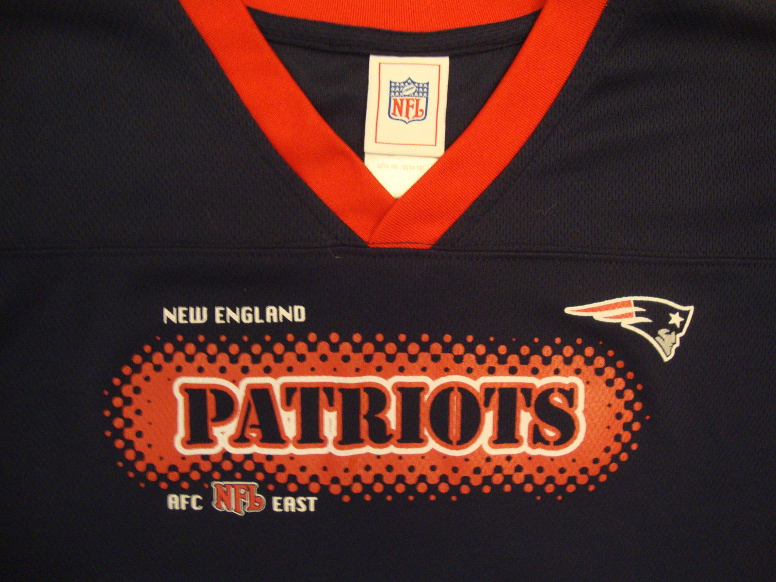 NFL New England Patriots National Football League Fan Blue Youth T Shirt L