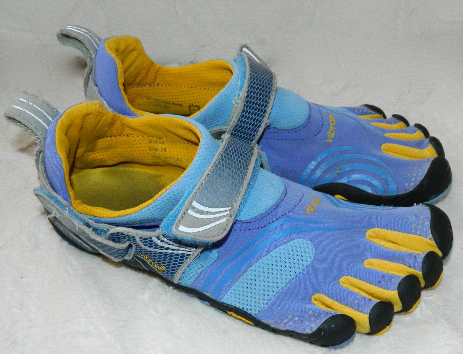 outlet store acd61 77061 Vibram Fivefingers Komodo Shoes Sneakers Sz and 50 similar items. S l1600