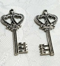 LARGE SKELETON KEY W/ HEARTS  FINE PEWTER PENDANT CHARM 3mm x 36mm x 17mm