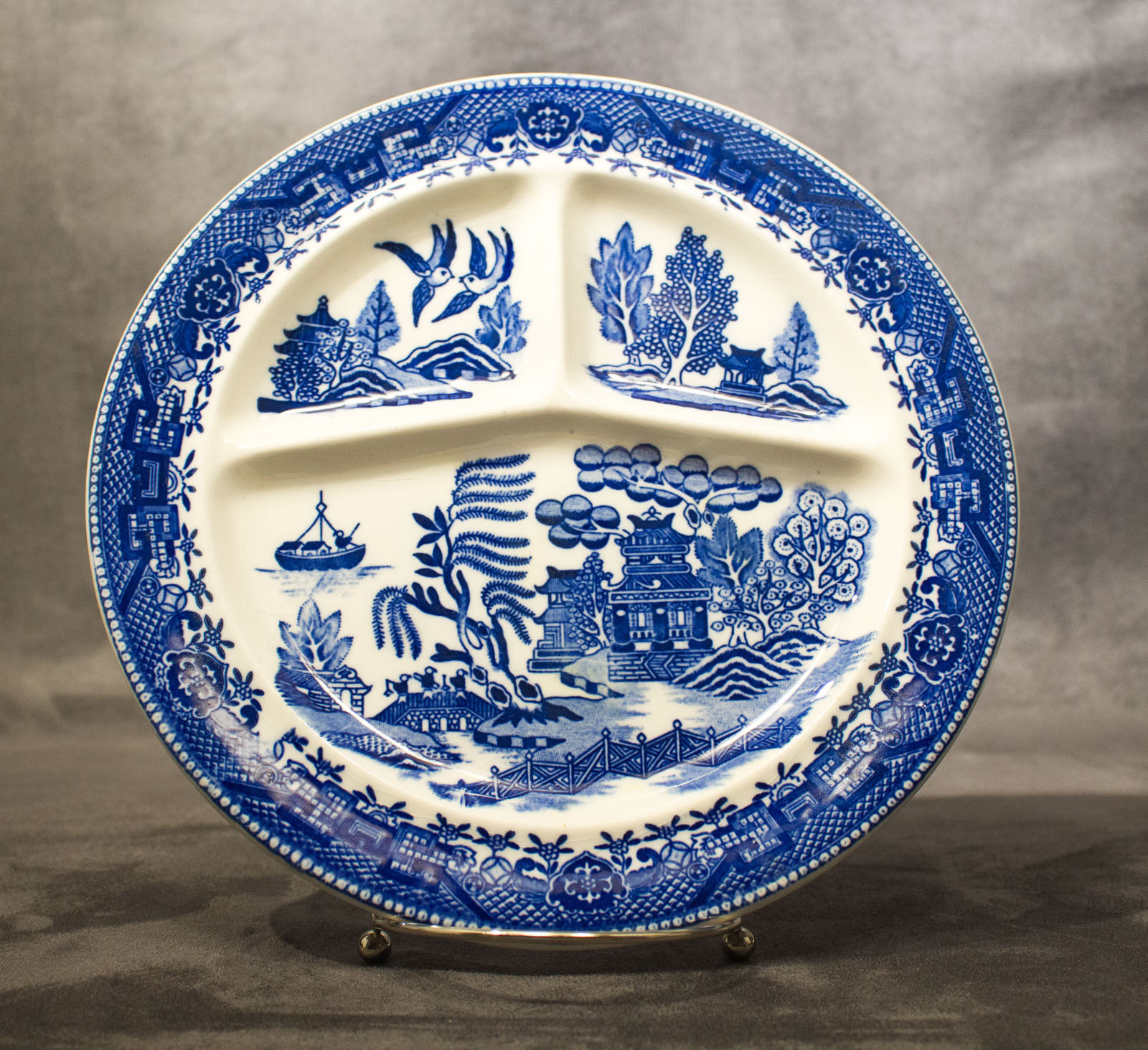S l1600. S l1600. Antique Moriyama Blue Willow China Divided Dinner Plate ... & Antique Moriyama Blue Willow China Divided and 50 similar items