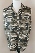 C E Schmidt Workwear Size Large Men's Camouflage Button Front Vest (AJ) - $28.49