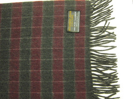 NEW Alexander Julian 100% Cashmere Purple and Gray Plaid Scarf Mongolia - $29.99