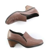 Dansko Brown Leather Pumps Heels Slip On Shoes Womens 39 US 8.5 to 9 - $49.31