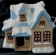 Cute Christmas Village House, VERY GOOD COND - $14.84
