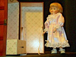12 inch Porcelain Doll with her Own Closet AA-191991  Collectible image 10