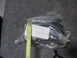 WHITE HYDRAULIC MOTOR 300090A7602BAAAB image 3