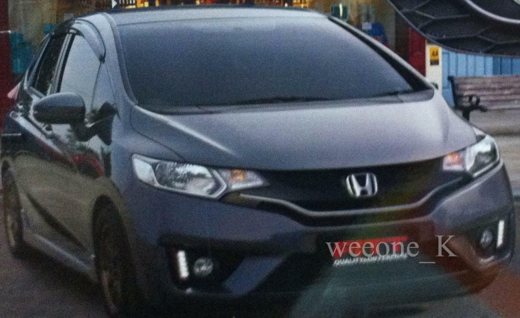 FOG LIGHT COVER L.E.D LED DAYLIGHT FOR HONDA JAZZ / FIT 2014 2015 image 5
