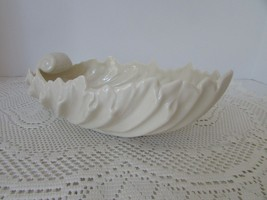 """LENOX ACANTHUS SHELL BOWL MADE IN USA 9.25""""L X 3""""H GREEN MARK EXCELLENT - $14.80"""