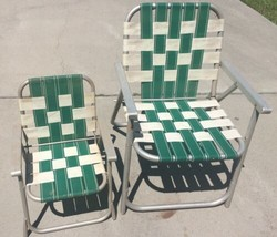2 Vintage Webbed Aluminum Folding Lawn Chairs Lot Green White Child Adult - €117,14 EUR