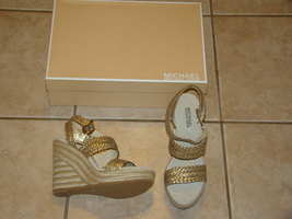 Michael Kors LADIES WEDGE SANDALS SZ 8 NEW IN BOX - $225.00