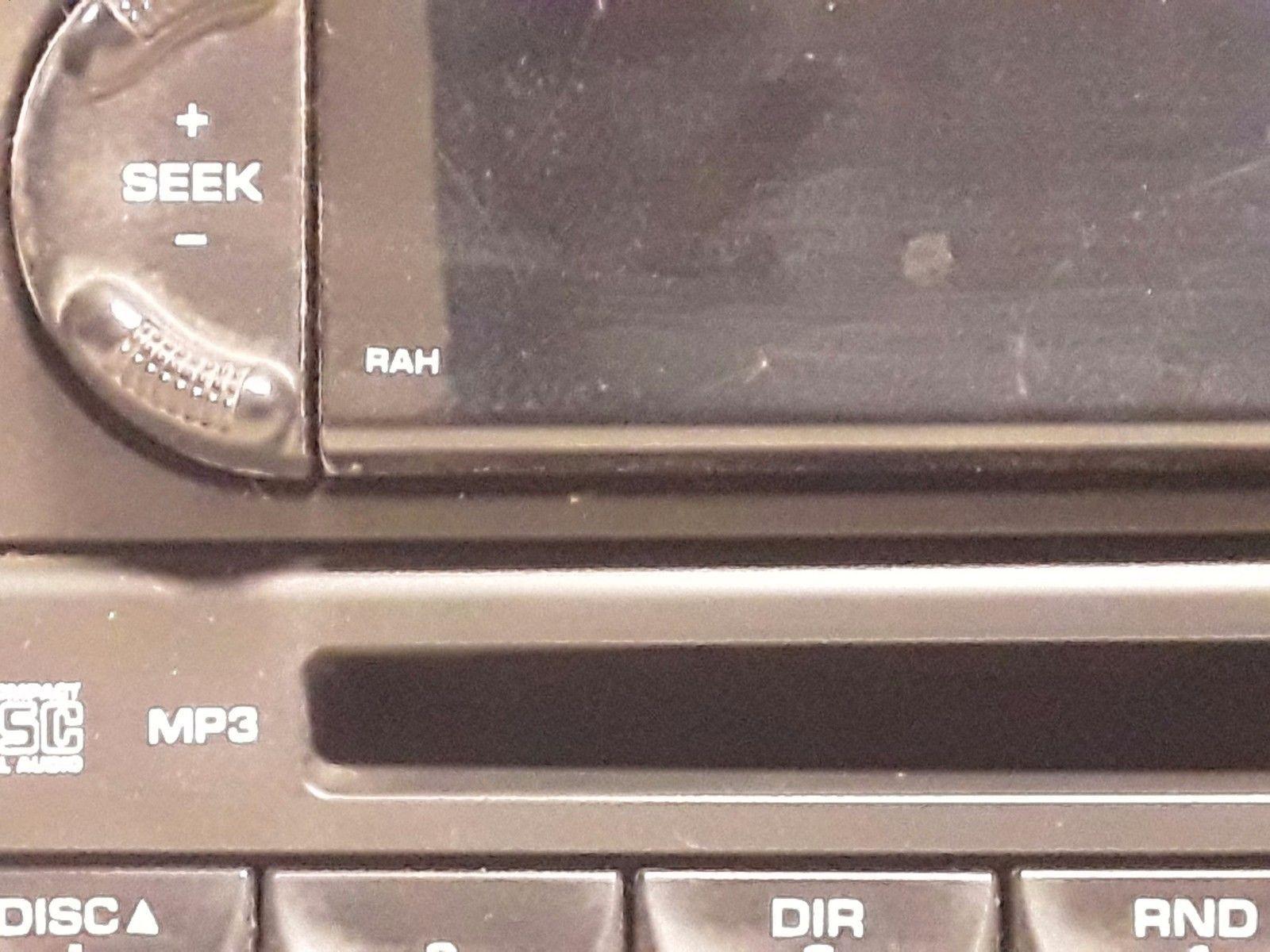04 05 06 07 08 Chrysler Pacifica AM FM CD radio receiver OEM P05094564AC  RAH image 2