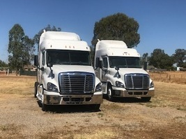 2015 FREIGHTLINER CASCADIA 125 For Sale In Madera, California 93638 image 1