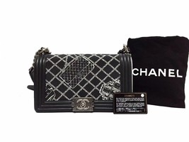 AUTHENTIC CHANEL BLACK Limited Edition RUNWAY EMBROIDERY Medium Boy Flap Bag image 1