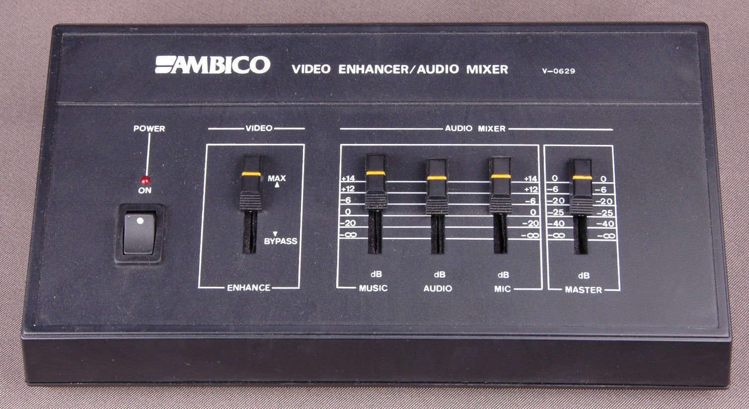 Cameras & Photo New Ambico Av Maestro V-0629 Video Enhancer/stereo Audio Mixer Boosts Video Sign Buy One Get One Free
