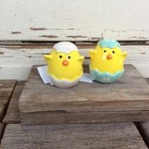 Cracker Barrel Easter Decor - Chicks in Eggs Ceramic Salt Pepper Shaker 2pc - $10.95