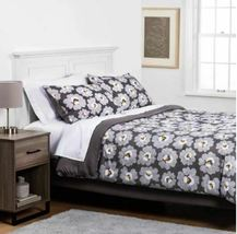 FULL Gray Daisies with White Sheets Printed MicrofiberBed Set W/Sheets 7 PIECES image 3