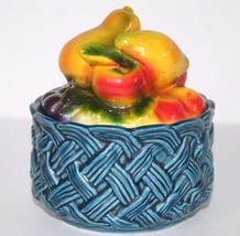 VINTAGE made in JAPAN POTTERY BASKETWEAVE W/ FRUIT COVERED LID HAND PAINTED - $14.84