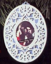 "Oval Porcelain Picture Frame ""Memories to Cherish"" Christmas Ornament - Hallmakr - $19.60"
