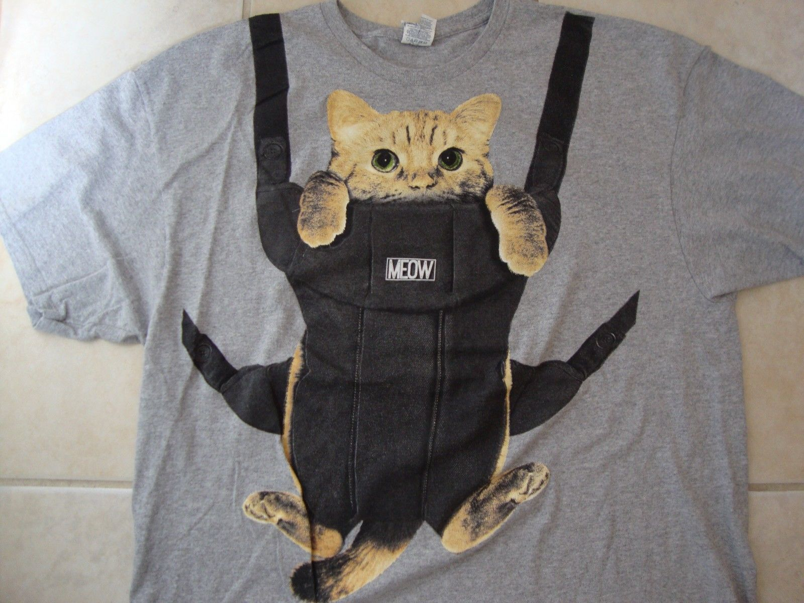 Primary image for Cat Cute Bag Funny Gray Cotton T Shirt Size 2XL