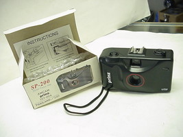 Prinz SP-200 AMCAM Focus Free 35mm Camera with Built-in Flash - $5.34