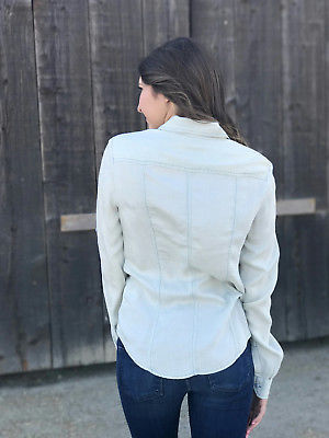 XS Calvin Klein Long Sleeve Chambray Pale Denim Snap Front Western Blouse/Shirt