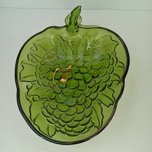 Vintage Embossed Indiana Glass Green Grapes Large Salad Fruit Bowl - $17.81