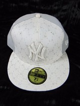 NEW ERA 59FIFTY New York Yankees NY Adult Fitted Hat Cap 7 3/4 White Gra... - $22.00