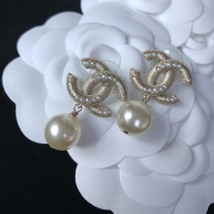 AUTHENTIC CHANEL Large Pearl CC Logo Dangle Drop Earrings Gold  image 5
