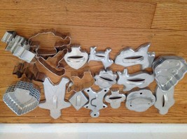 Vintage Lot 25 Aluminum metal Cookie cutters Jello molds pans Holiday Ch... - $19.80