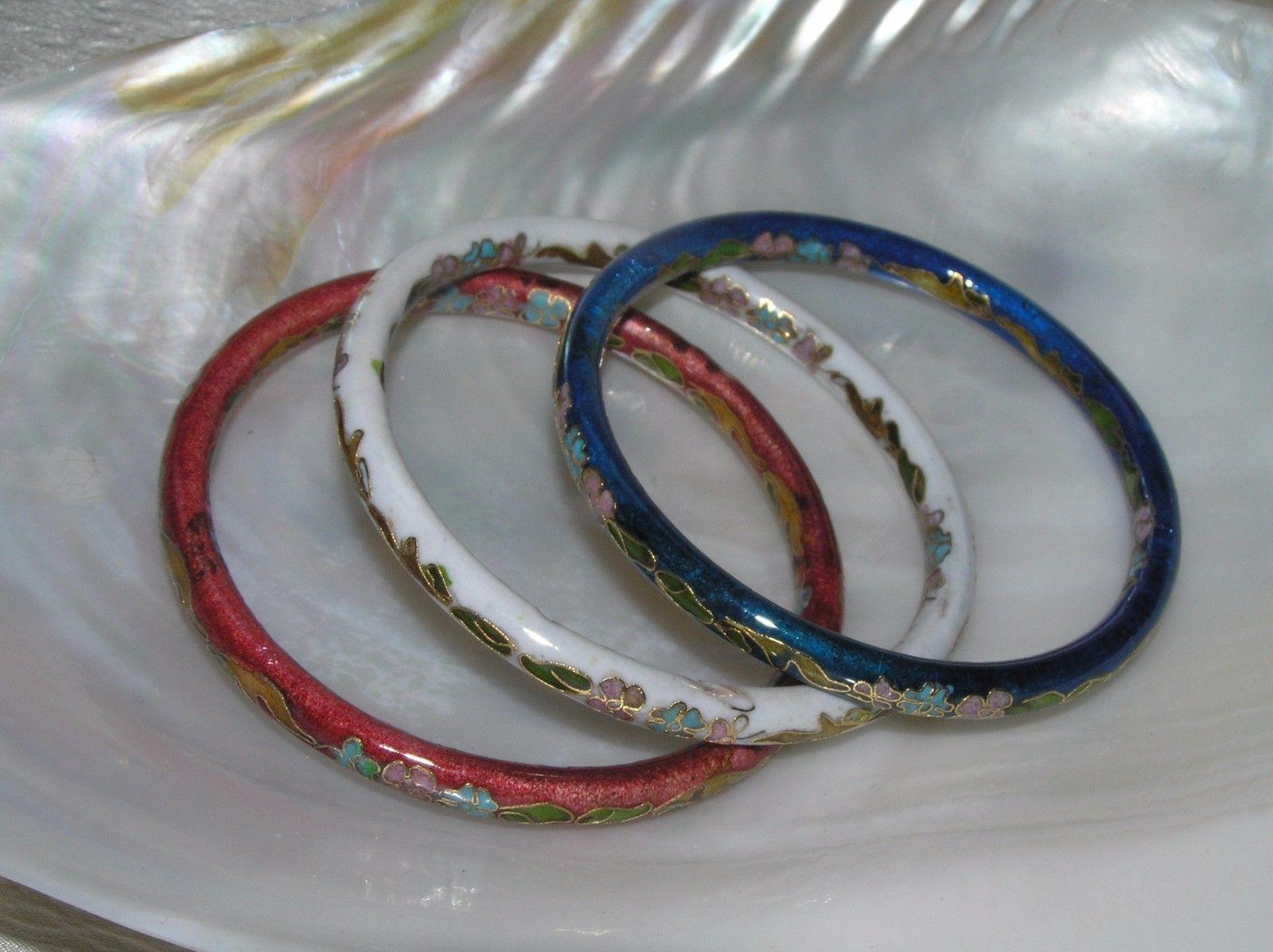 Estate Lot of 3 Red White & Blue Enamel Asian Cloisonne Floral Bangle Bracelet –
